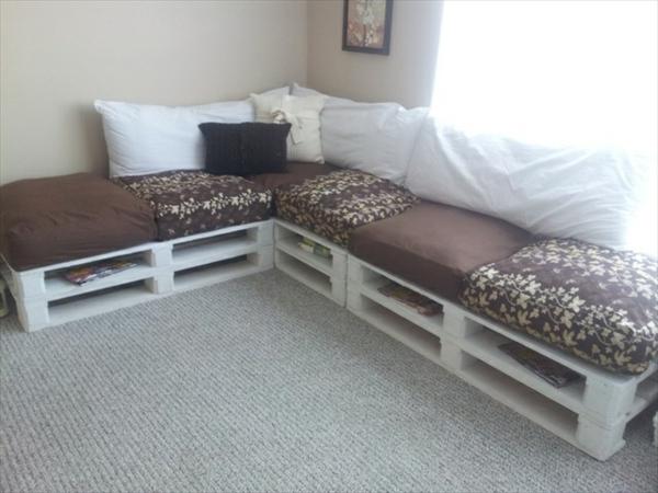paletten sofa wohnzimmer:Diy Sofa Aus Paletten Pictures to pin on Pinterest