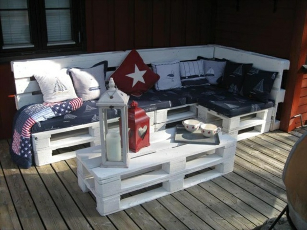 ecksofa europaletten inspirierendes design f r wohnm bel. Black Bedroom Furniture Sets. Home Design Ideas