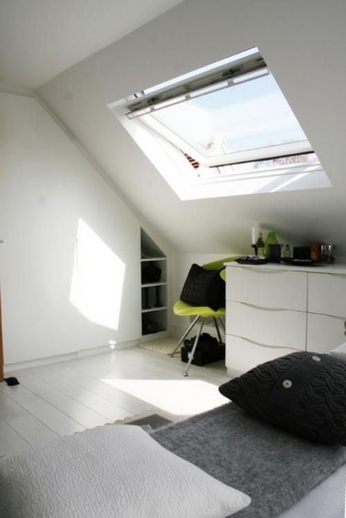 Dachfenster zu Hause minimalistisch kommode stuhl