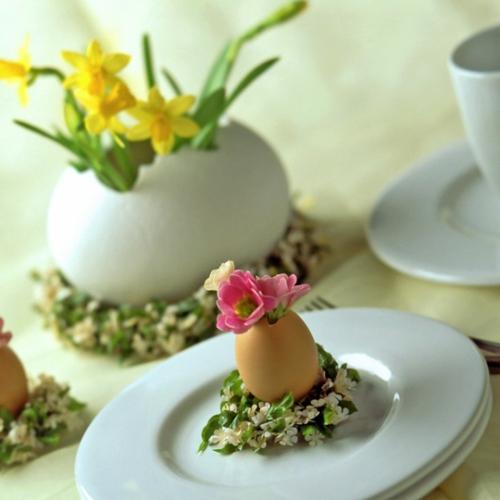 Dekoideen für Osterdeko mit Ostereiern miniaturhaft