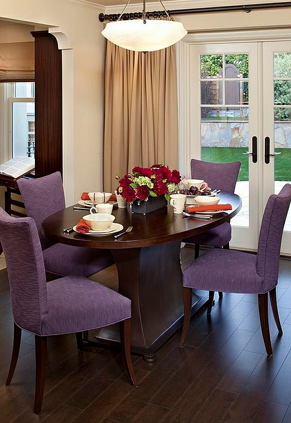 Einrichtungsideen Für Kleine Esszimmer Esstisch Stühle Violett Polsterung