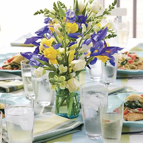 Frühlingsdeko zu Ostern basteln glas wasser eis