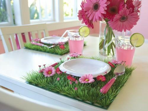 Frische Tischdeko zu Ostern blumentopf gras rosa künstlich blumen
