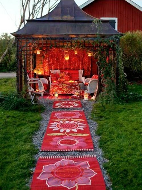 Gartendeko und Gartenzubehör kühn rot farben läufer