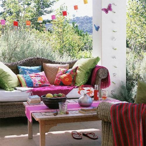 Gem tliche terrassengestaltung w hlen sie den richtigen stil - Gemutliche gartenmobel ...