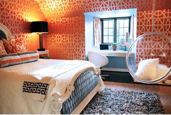 Hinreißender Schaukelstuhl im Schlafzimmer weich teppich