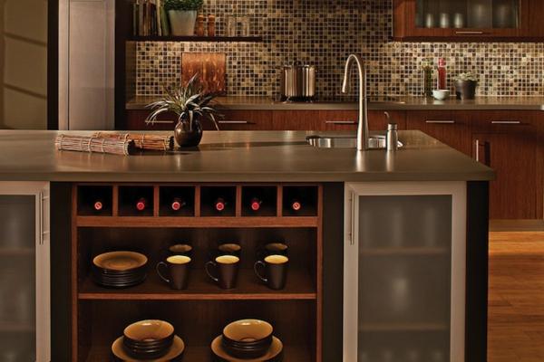 Kücheninsel gestalten fliesen küchenrückwand mosaik