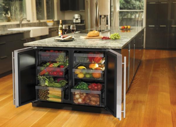 Kücheninsel gestalten holz kühlschrank marmor oberflächen