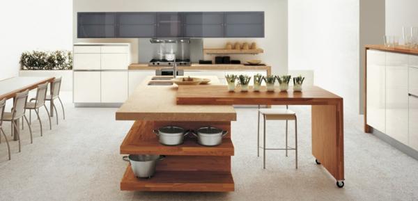 Kücheninsel gestalten holz offene regale töpfe rollen platten