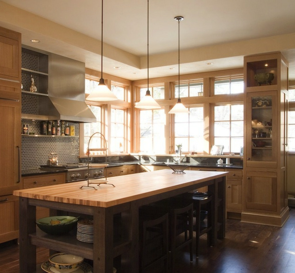 Kücheninsel gestalten holz traditionell wohnlich warm