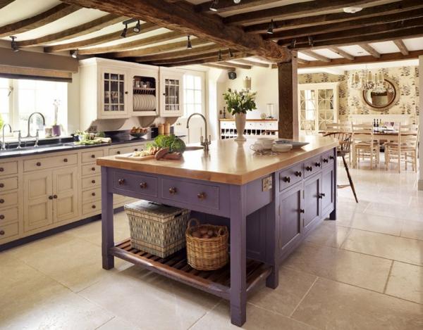 Kücheninsel gestalten lila lackiert körbe spüle fliesen bodenbelag