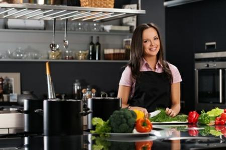 moderne küche 2014 zufriedene köchin