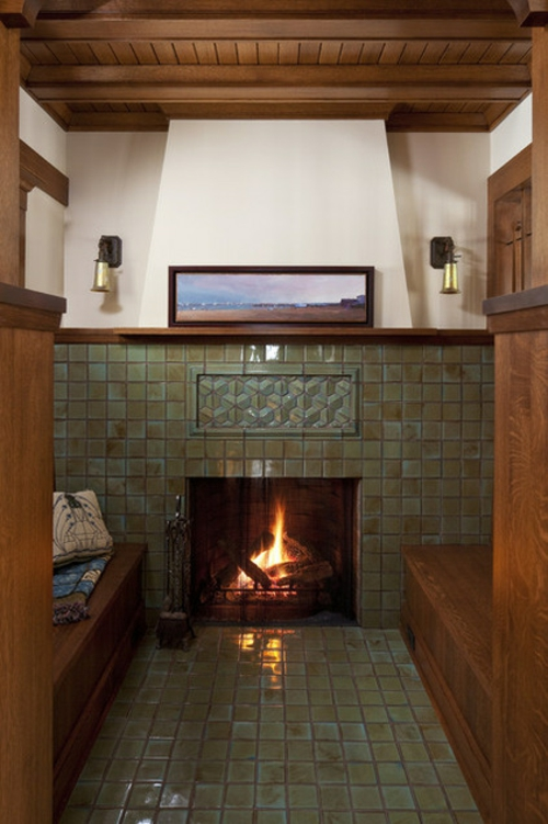 kaminofen und kamineinsatz bieten eine gem tliche kaminecke. Black Bedroom Furniture Sets. Home Design Ideas