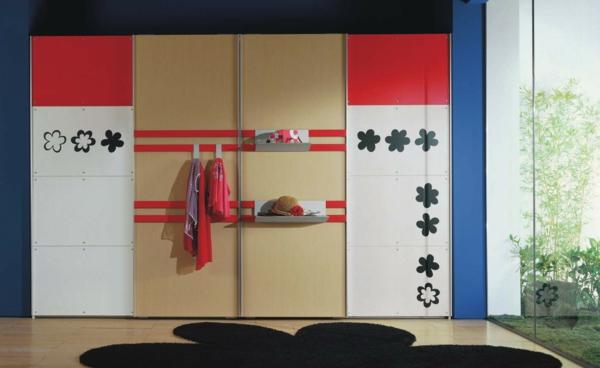 Kleiderschrank fürs Kinderzimmer blumenmuster sticker badetücher