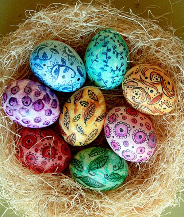Ostern eier bemalen bunt zeichnen muster marker