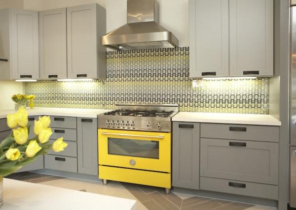 Küchenrückwand bemalt gelb farben