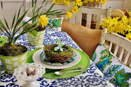 Tischdeko  Ostern eierschale blümchen tischdecke gemustert paisleymuster