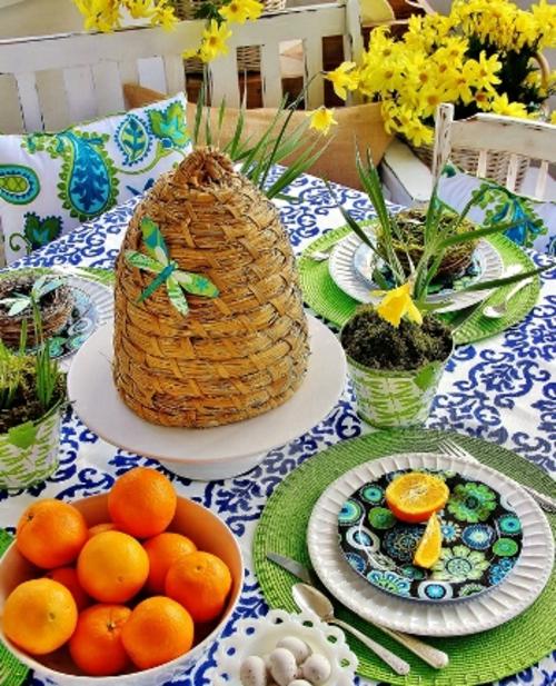 Tischdeko zu Ostern eierschale orange