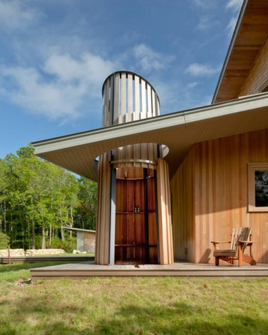 außendusche selber bauen auf der terrasse rund aus holz