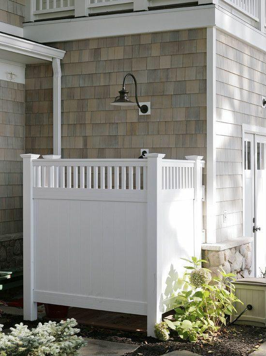 außendusche selber bauen bad im freien weiße duschkabine