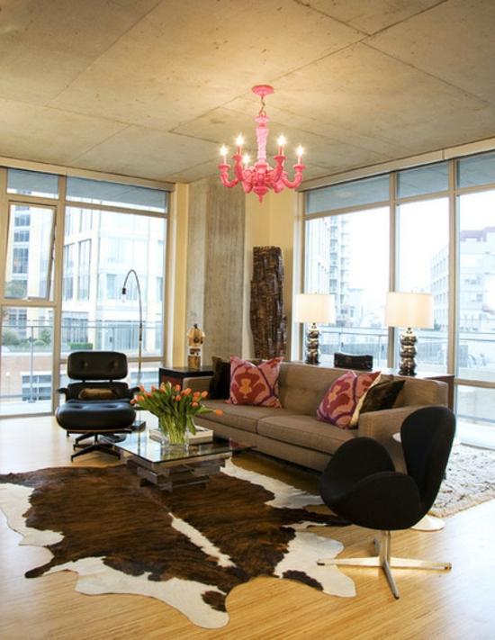 farbgestaltung und bunte wohnideen pastellfarben rosa pink kronleuchter wohnzimmer
