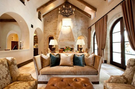 steinwand wohnzimmer beige alte holzbalken und steinwnde garantieren eine warme atmosphre