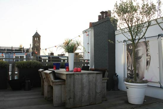 coole einrichtungsideen stadtwohnung einrichten balkon terrasse holzmöbel