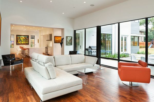 couchtisch aus acrylglas form wohnzimmer sofa holzboden