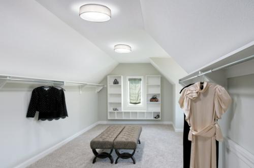 dachfenster licht ankleideraum idee design feminin
