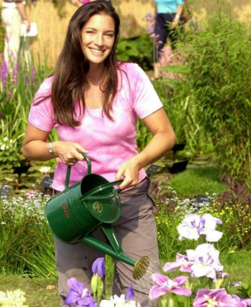 erfolgreiche Gartengestaltung rot pflanzenart gärtner befreunden