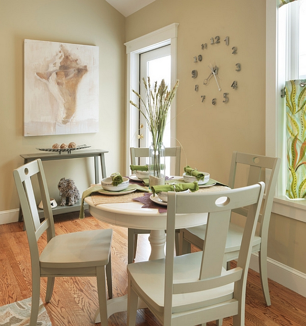 esszimmer tisch stühle holz farben kronleuchter