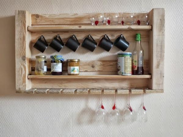 europaletten holz paletten möbel bastelideen DIY cool regale küche