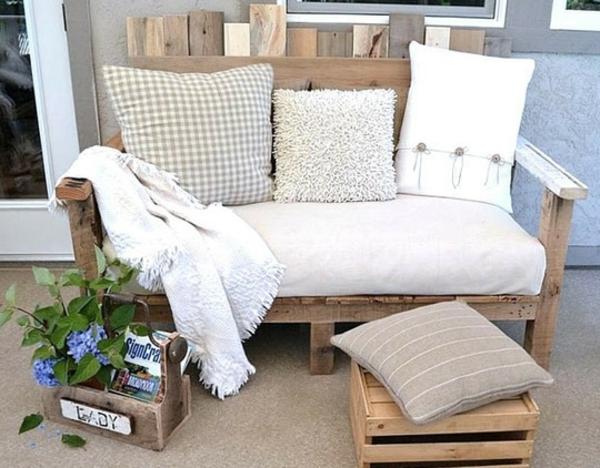 Europaletten Holz Paletten Möbel Bastelideen DIY Sitzbank Kissen
