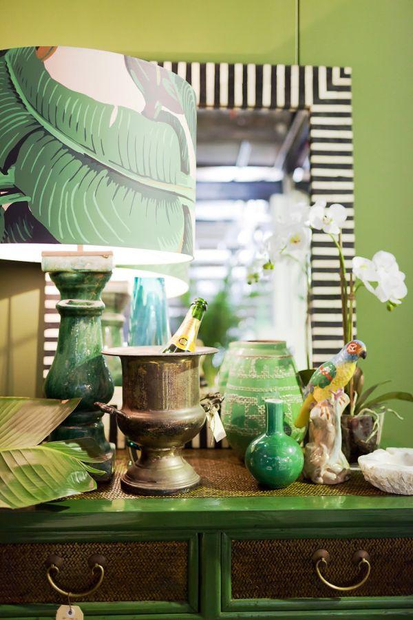 frische wohnideen grün wandtapete muster palmwedel