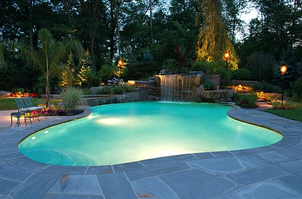 Garten Mit Pool Bäumen Exotik Gartenbeleuchtung Laternen