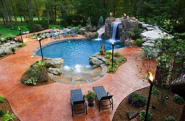 Garten Mit Pool Wasserfall Liegen
