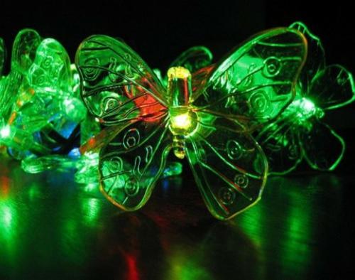 garten außenbeleuchtung ideen leuchte dekorative schmetterlinge