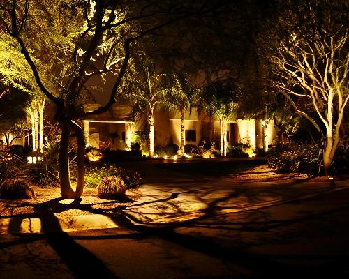 gartenbeleuchtung tipps ideen nachtsüber schattenspiel