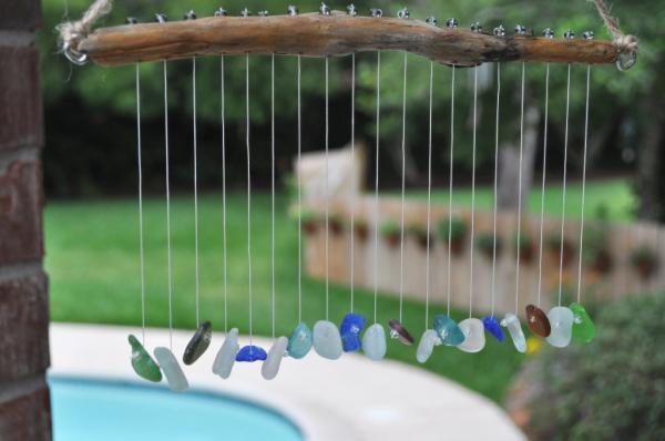 gartendeko Bastelideen im Garten windspiel edelsteine