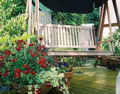 Ganz und zu Extrem Gartenschaukel selber bauen - wunderschöne Ideen und Tipps für Sie #XF_45