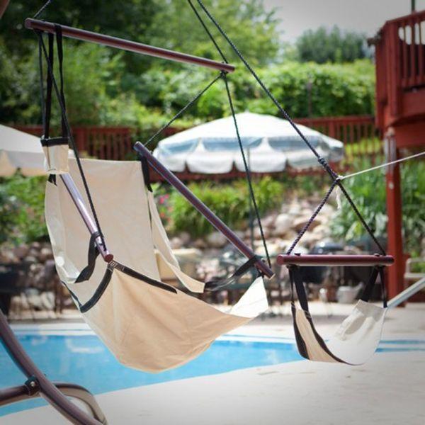 hinterhof Bastelideen im Garten gartenmöbel schaukel pool