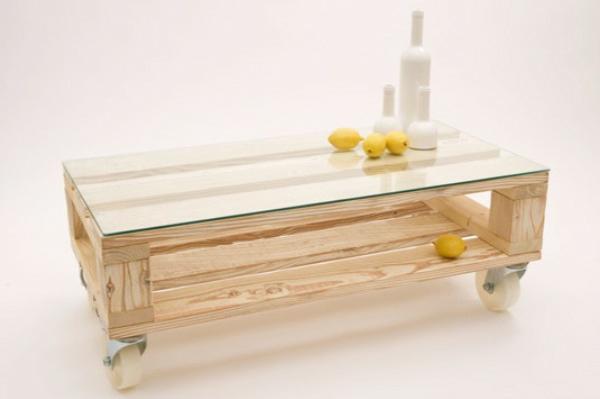 holz paletten möbel selbst basteln DIY ideen hell holz