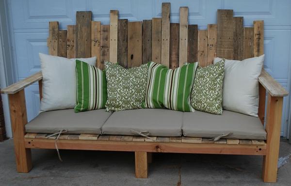 europaletten möbel selbst basteln DIY ideen sitzbank rückenlehne