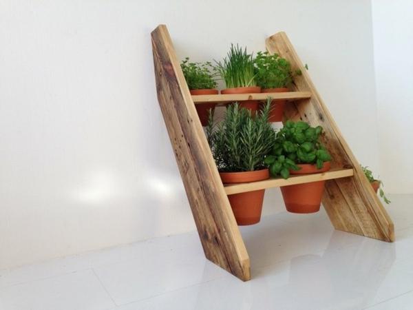 DIY Möbel aus Europaletten basteln zimmerpflanzen