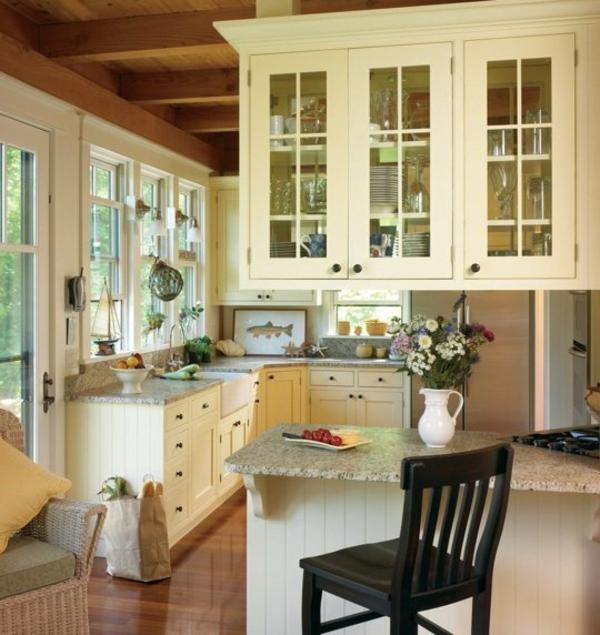 ikea küchenschrank kücheninsel blumentopf stühle
