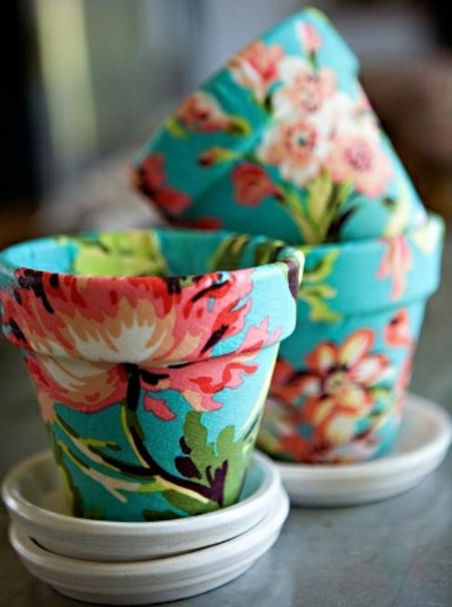blumentopfe mit serviettentechnik gestalten, kreative blumentöpfe - 11 coole ideen für die dekoration ihrer blumen, Innenarchitektur
