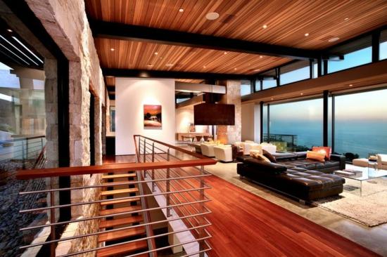 alte holzbalken und steinwände garantieren eine warme atmosphäre, Wohnzimmer
