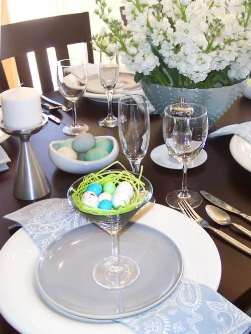 martini glas voller wachteleier nest tischdeko ostern
