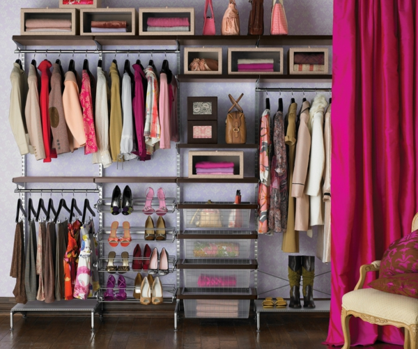 Kleiderschrank im Schlafzimmer ankleideraum