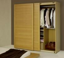 Kleiderschrank schiebetüren holz  Massiver Kleiderschrank im Schlafzimmer -die beste Garderobe aussuchen